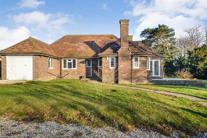 3 Bedrooms Detached Bungalow for sale in Park Lane, Bexhill-On-Sea, TN39