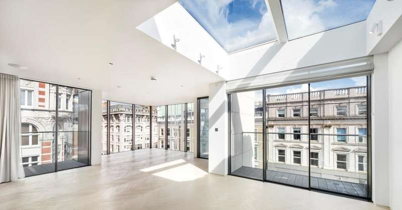 3 Bedrooms Duplex Flat for sale in Goodge Street, London, W1T