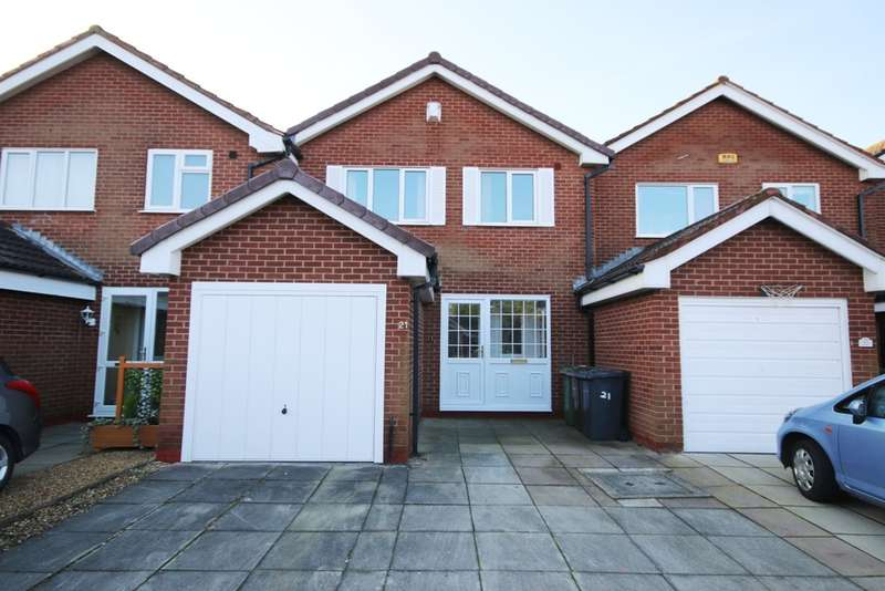 3 Bedrooms Town House for sale in Prince Charles Gardens, Birkdale, Southport