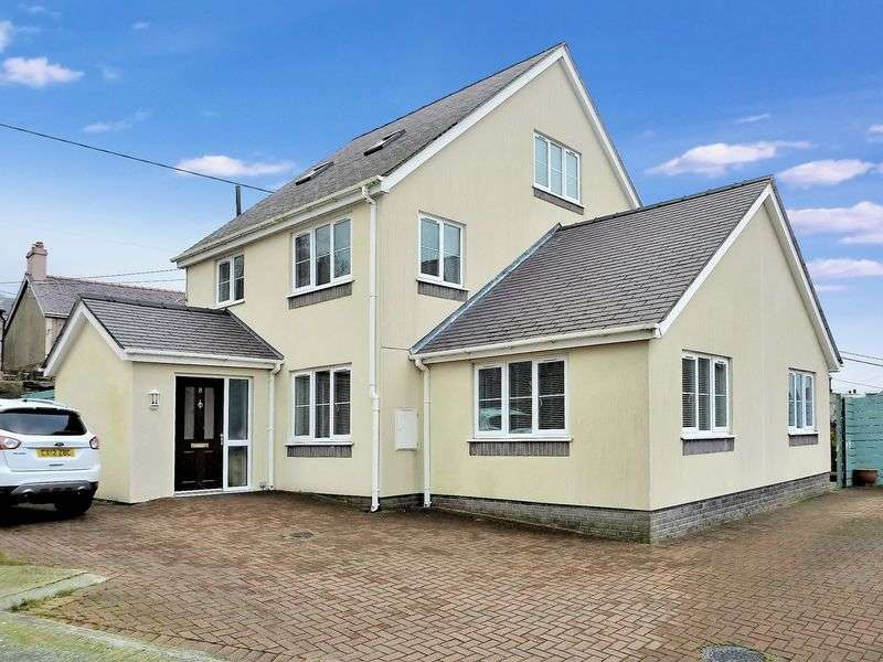 4 Bedrooms Detached House for sale in Talysarn, Caernarfon, Gwynedd.