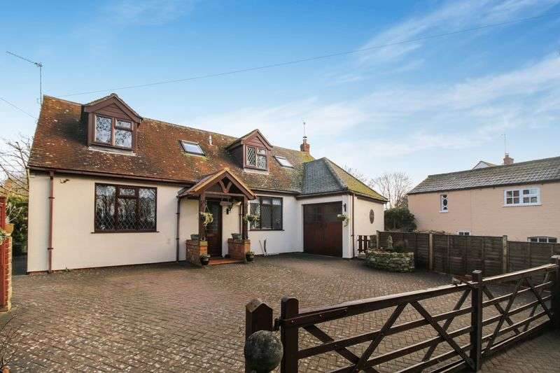 4 Bedrooms Detached House for sale in Long Crendon