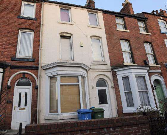 3 Bedrooms Terraced House for sale in St Johns Road, Scarborough, North Yorkshire YO12 5ES