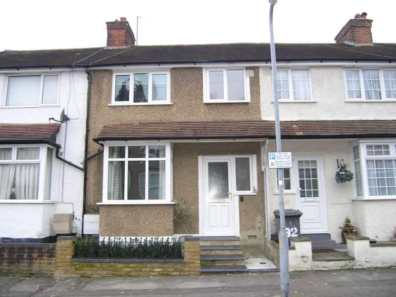 3 Bedrooms Terraced House for sale in Bendysh Road, Bushey