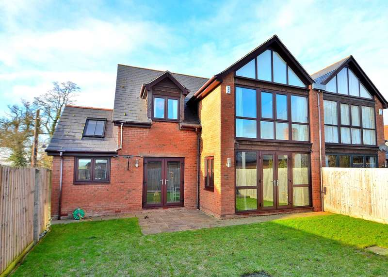 4 Bedrooms Semi Detached House for sale in Pyms Stables, Newport Pagnell