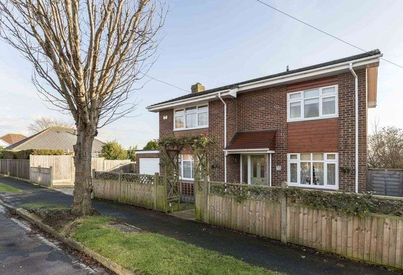 3 Bedrooms Detached House for sale in Sea View Road, Drayton