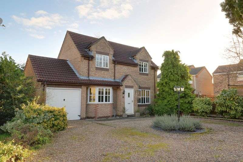 3 Bedrooms Detached House for sale in Dentons Way, Hibaldstow