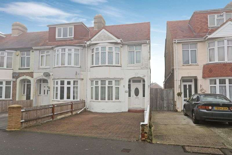 3 Bedrooms Terraced House for sale in Eastbourne Avenue, Gosport