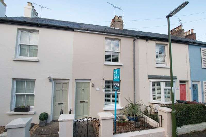 3 Bedrooms Terraced House for sale in Victoria Road, Chichester