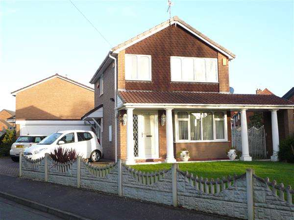 3 Bedrooms Detached House for sale in Portchester Drive, Wednesfield, Wednesfield