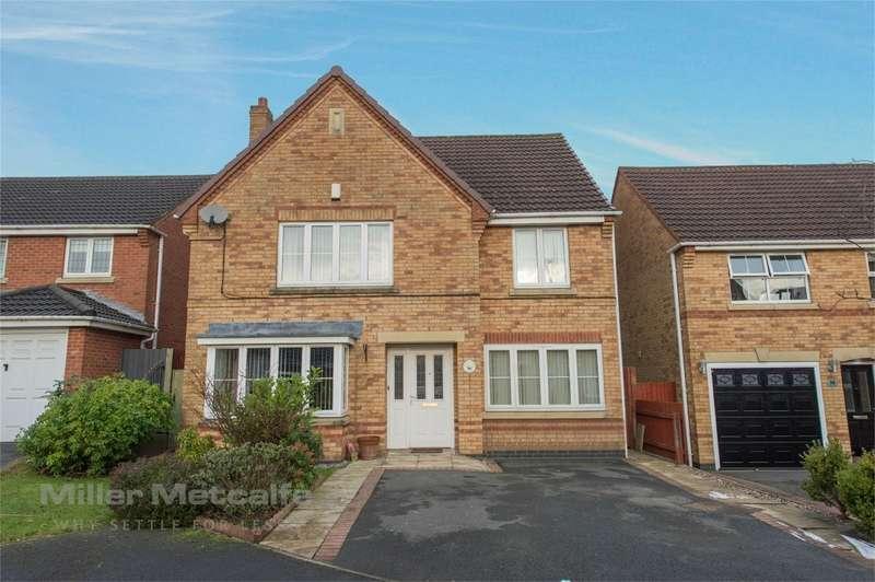 4 Bedrooms Detached House for sale in Kielder Close, Ashton-in-Makerfield, Wigan, Lancashire