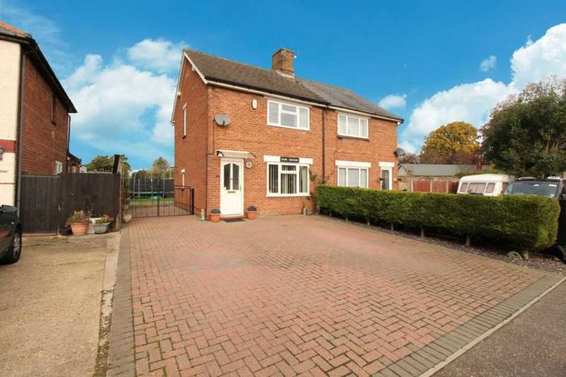 3 Bedrooms Semi Detached House for sale in Queen Street, Swaffham