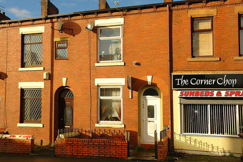 2 Bedrooms Terraced House for sale in 162 Coalshaw Green Road, Chadderton, Oldham