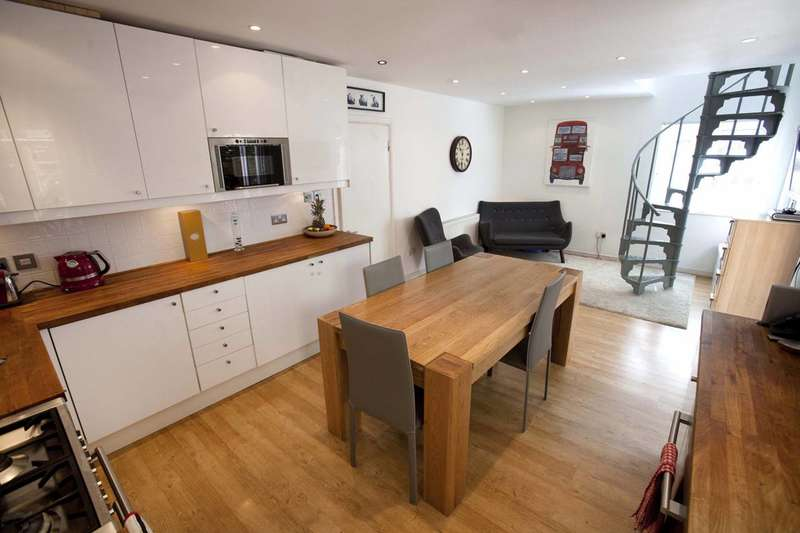 2 Bedrooms Detached House for sale in Wapping High Street, Wapping, E1W