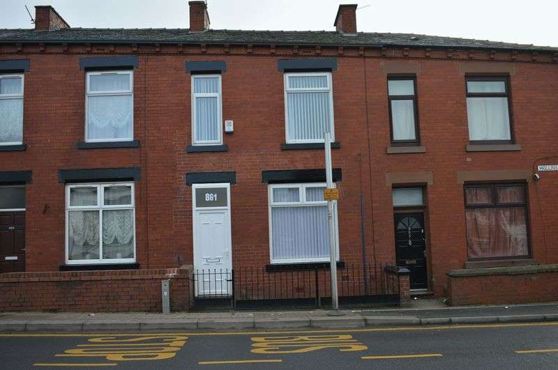 3 Bedrooms Terraced House for sale in Hollins Road, Oldham