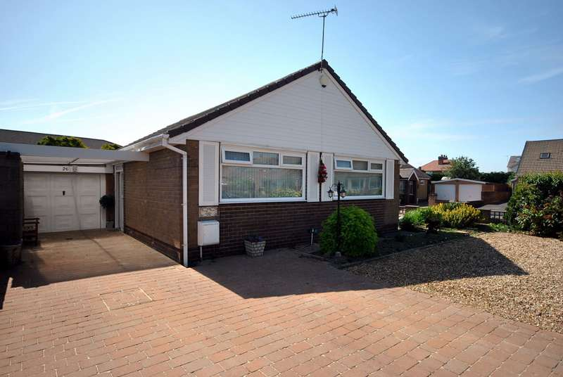 2 Bedrooms Detached Bungalow for sale in Gisburn Avenue, Lytham St Annes, FY8