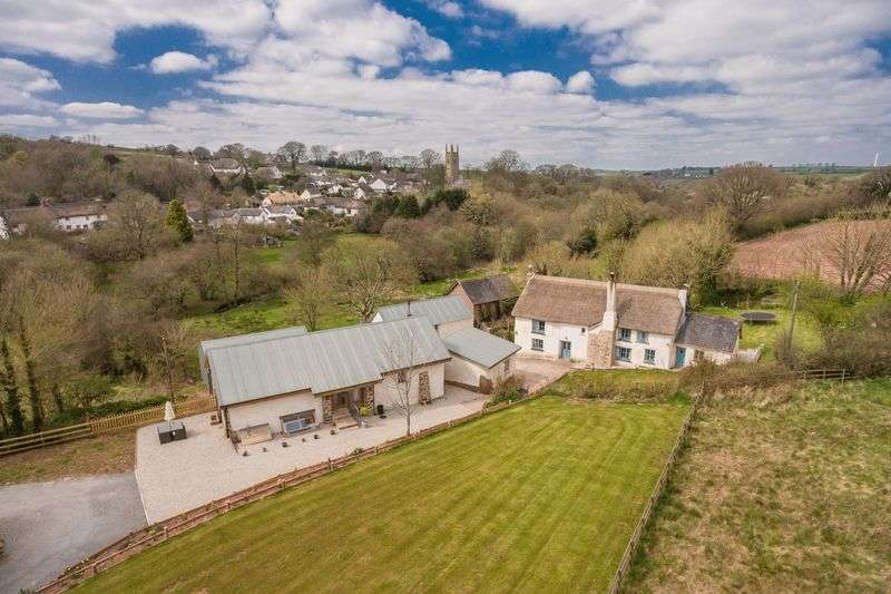 6 Bedrooms Detached House for sale in Sampford Courtenay, Okehampton