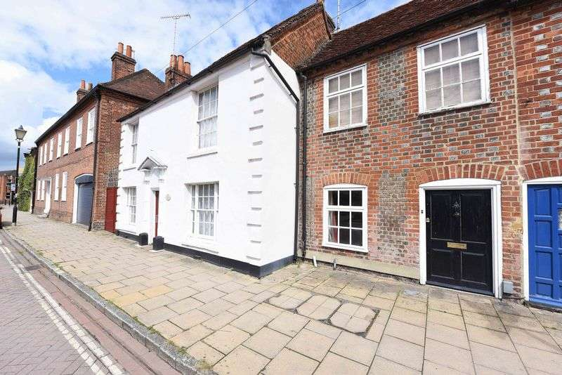 2 Bedrooms Terraced House for sale in High Street Theale