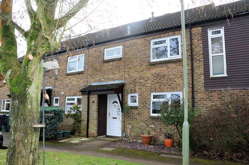 3 Bedrooms Terraced House for sale in Boyce Close, Basingstoke, RG22
