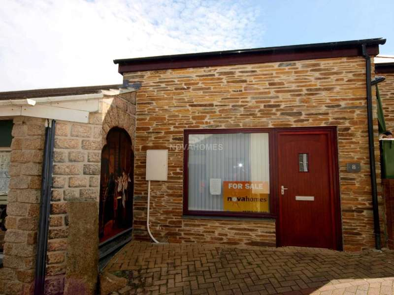 1 Bedroom End Of Terrace House for sale in Callington. PL17