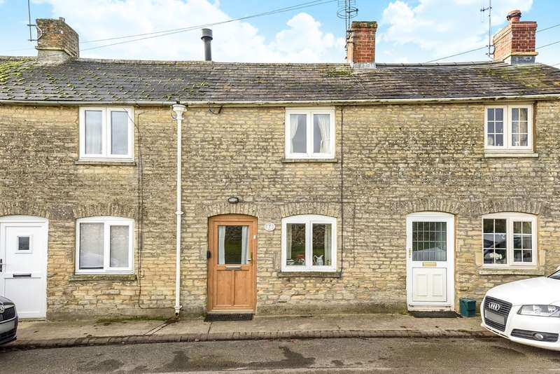 2 Bedrooms Terraced House for sale in Fairford