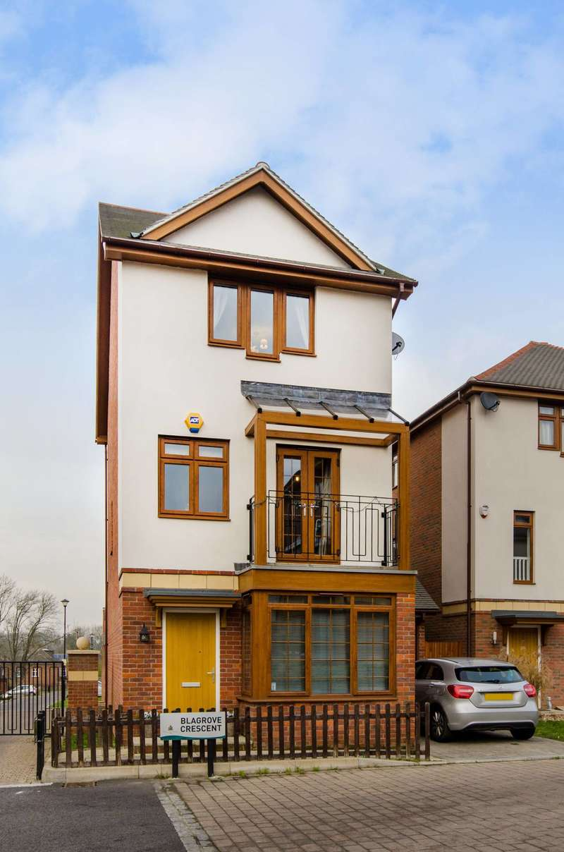 4 Bedrooms House for sale in Blagrove Crescent, Eastcote Village, HA4
