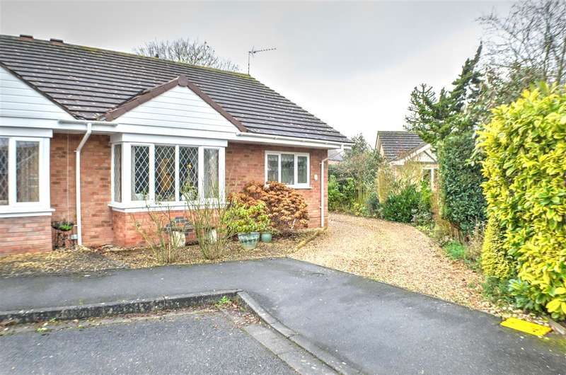 2 Bedrooms Bungalow for sale in Richards Close, Heckington