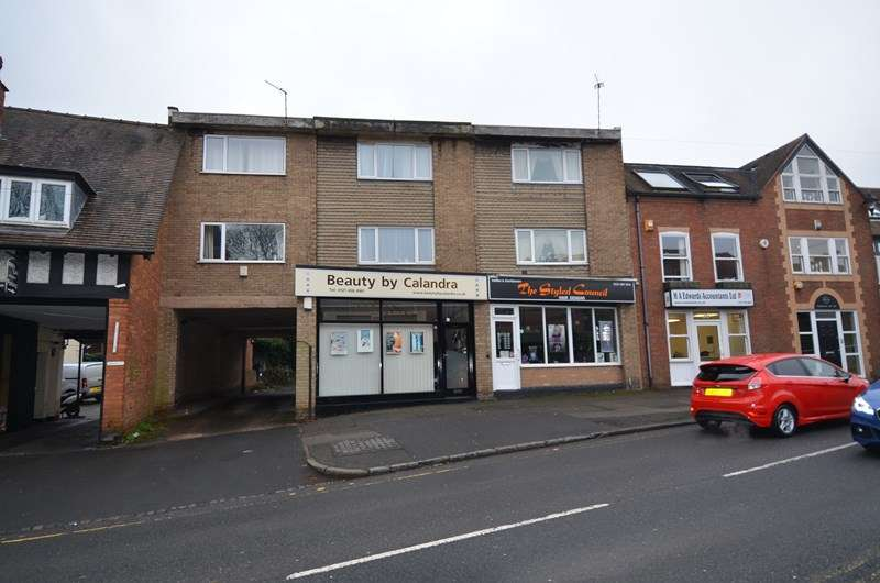 2 Bedrooms Flat for sale in The Green, Kings Norton, Birmingham