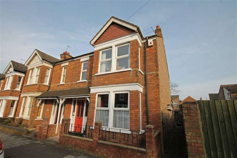 3 Bedrooms Property for sale in York Street, Bedford