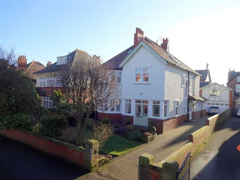 2 Bedrooms Property for sale in Kirton Crescent, Ansdell, Lytham St Annes