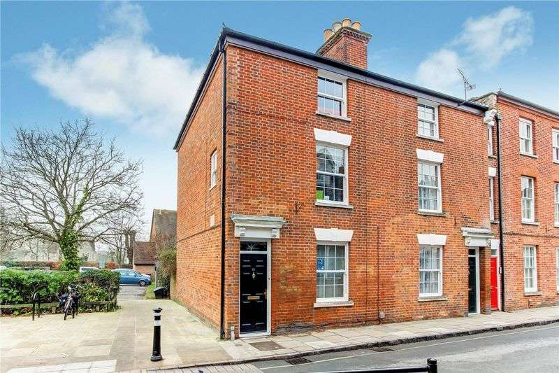 4 Bedrooms Terraced House for sale in Church Street, Central Romsey, Hampshire