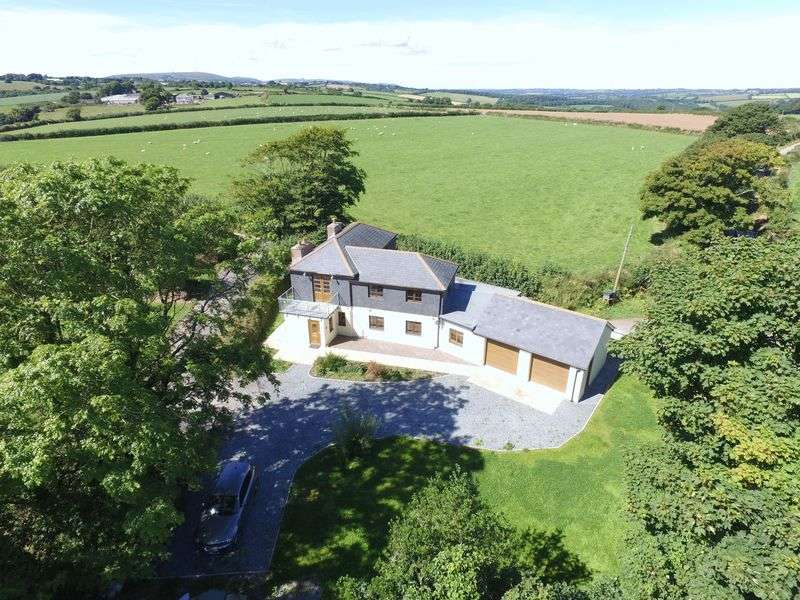 5 Bedrooms Detached House for sale in St. Ive, Liskeard
