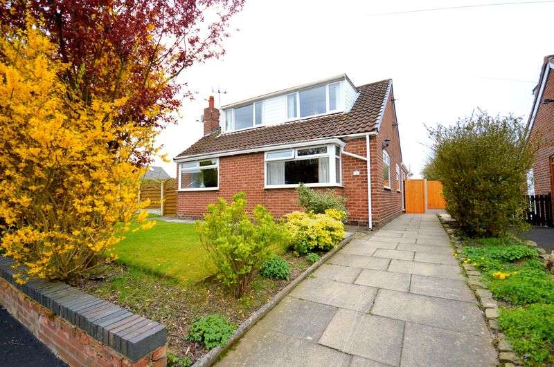4 Bedrooms Detached House for sale in Smithy Close, Cronton
