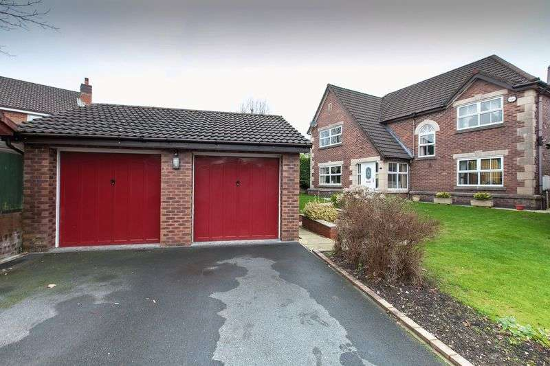 4 Bedrooms Detached House for sale in Badgers Walk, Euxton, PR7 6FH