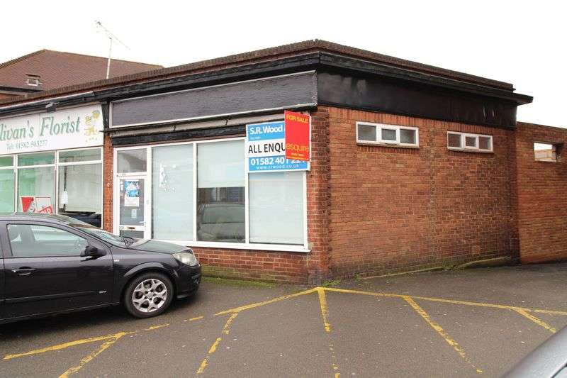 House for sale in Retail unit in Leagrave