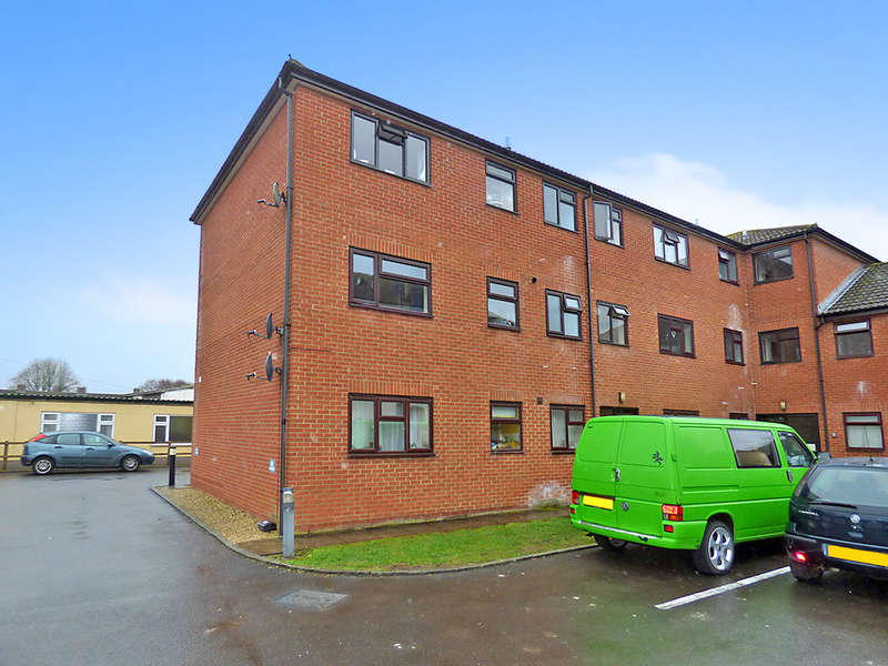 2 Bedrooms Apartment Flat for sale in Station Road, Westbury
