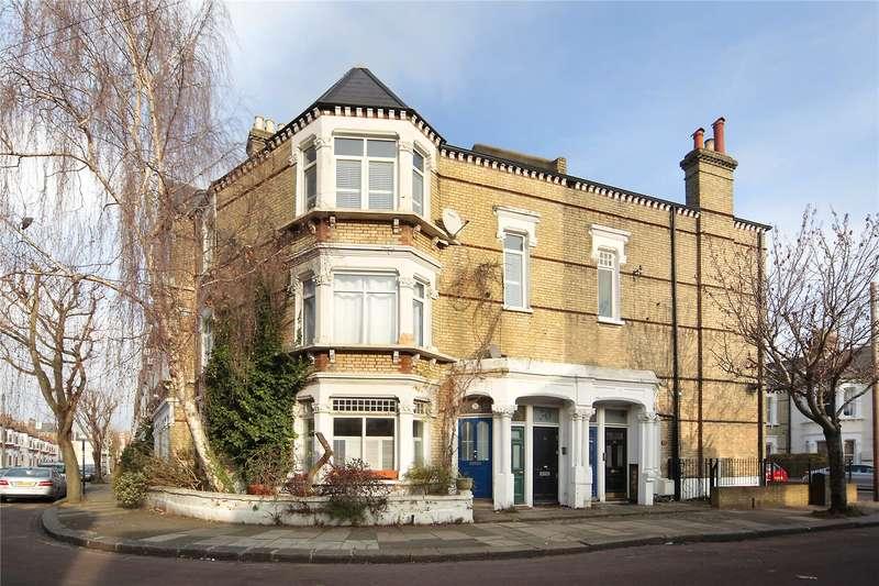 3 Bedrooms Flat for sale in Longbeach Road, Battersea, London, SW11