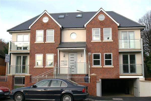 2 Bedrooms Apartment Flat for sale in Natalie Court, Finchley Lane, NW4, Hendon