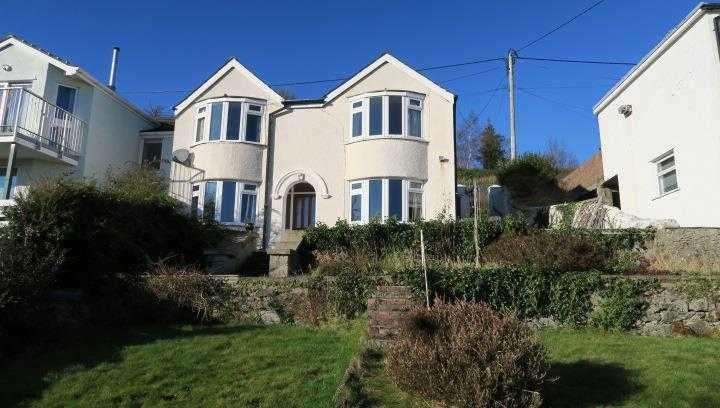 3 Bedrooms Semi Detached House for sale in Hafryn, 32 Mount Street, Menai Bridge