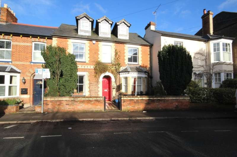 4 Bedrooms Town House for rent in Station Road, Twyford, Reading, RG10