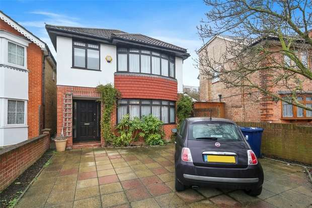 4 Bedrooms Detached House for sale in St Dunstans Avenue, Acton