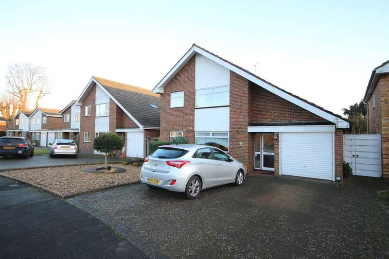 4 Bedrooms Detached House for sale in Spring Meadow, Bracknell
