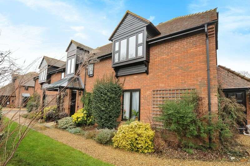 2 Bedrooms Flat for sale in Herringcote, Dorchester-on-Thames