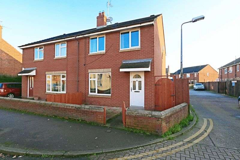 3 Bedrooms Semi Detached House for sale in Folkestone Street, Hull