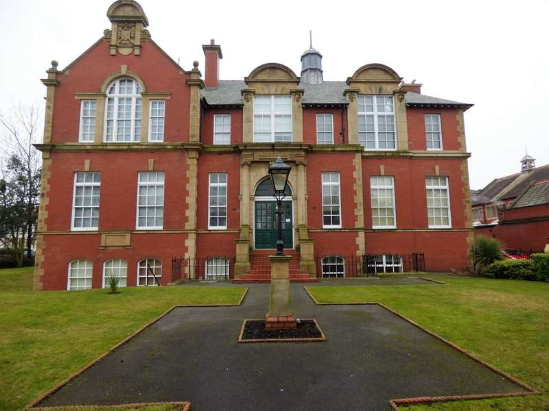 1 Bedroom Ground Flat for sale in College Court, Lytham St Annes