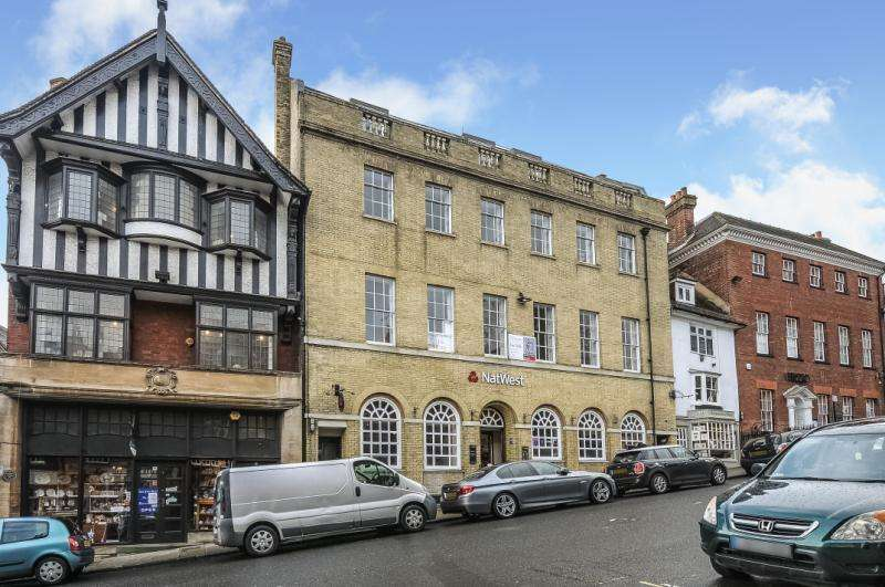 2 Bedrooms Apartment Flat for sale in 55 High Street, Arundel, West Sussex, BN18