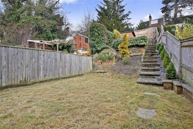 3 Bedrooms Terraced House for sale in Lower Road, Kenley, Surrey