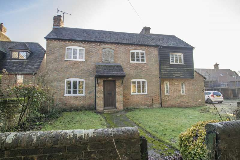 4 Bedrooms Detached House for sale in Checkendon, Reading, RG8