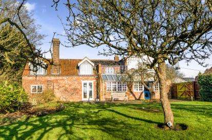 6 Bedrooms Detached House for sale in Church Lane, East Keal, Spilsby