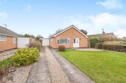 3 Bedrooms Bungalow for sale in St. Marys Road, Skegness, Lincolnshire, England