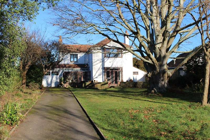 3 Bedrooms Detached House for sale in Old Barnstaple Road, Bideford